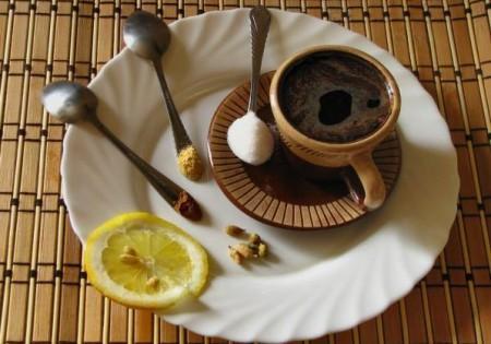 Кофе с кардамоном и корицей