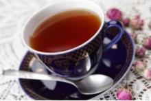 Положительное и отрицательно влияние черного чая на организм человека